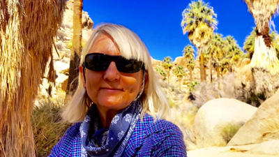 Hiking the Lost Palms Oasis trail in Joshua Tree National Park